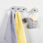 Крючки, полки для ванной