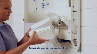 Navullen van een Tork PeakServe® Handdoek Dispenser met Tork PeakServe® Continue Handdoeken H5